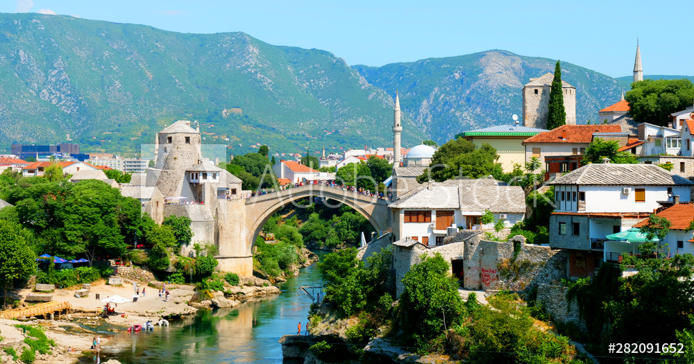 Bosnia and Herzegovina, Mostar with mosque and turquoise river